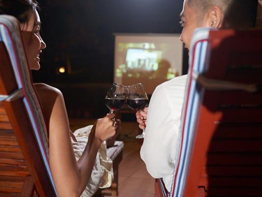 636649208156400971-Outdoor-movie.jpg
