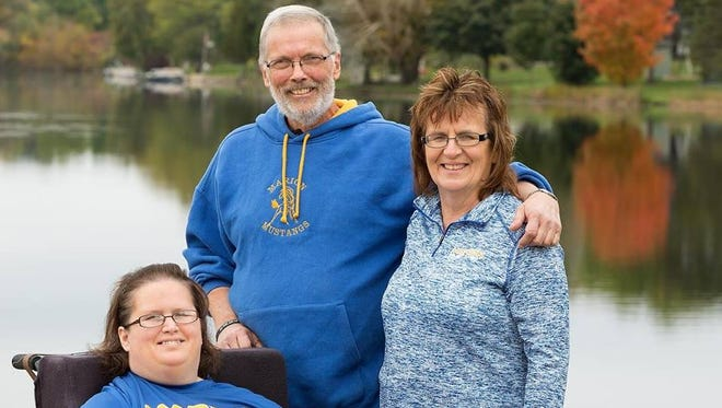 "Dan Brandenburg of Marion, with his wife Patsy and daughter Angie, will be the ""honorary survivor"" on Saturday for the American Cancer Society Sole Burner 5K Walk/Run in Appleton."