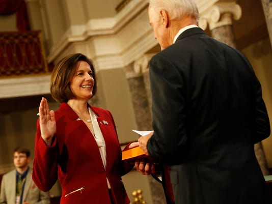 Vice President Swears In Members Of The 115th Congress