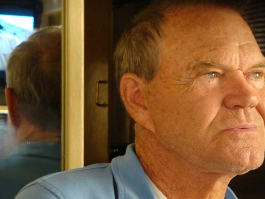 """Glen Campbell on the tour bus during the """"The Goodbye"""