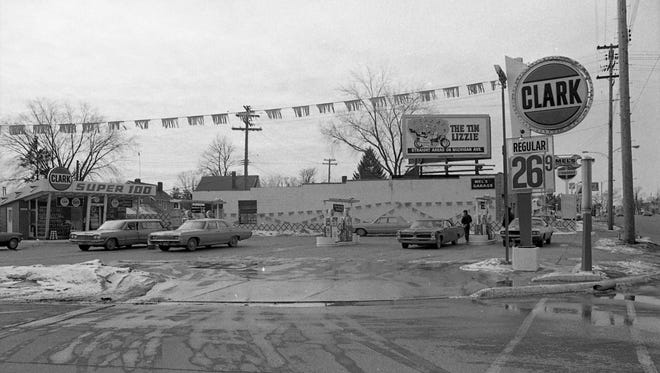 Clark gas station with Mel's Garage in the background in East Lansing in 1972.