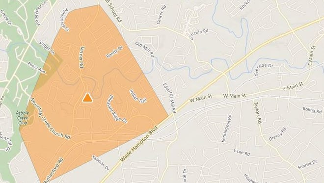 More than 1,000 Duke Energy customers lost power in Greenville County Saturday afternoon.