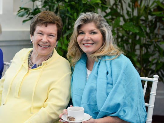 Linda Teetz and Libby Thompson King at the Hibiscus