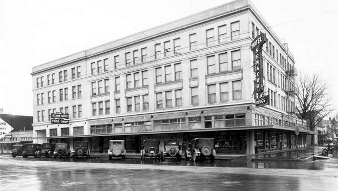 Senator Hotel in Salem at 515 Court Street. On the left side of this photo there's a sign for the Stage Depot Food Shop.