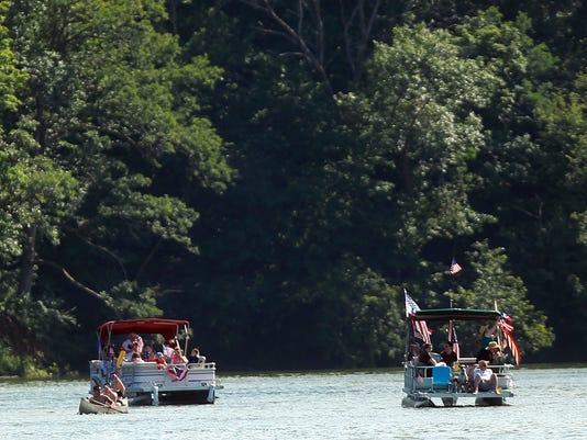 636009074810837929-IOWBrd-07-05-2014-PC-1-A003--2014-07-04-IMG-IOW-0705-Boat-parade-1-1-367S78UV-L446010069-IMG-IOW-0705-Boat-parade-1-1-367S78UV.jpg