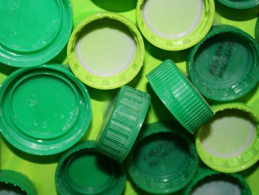 635654869218550296-camp-ernst-lids-green