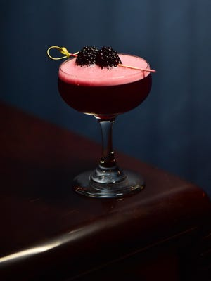 Cooler temperatures invite a new season of cocktails, featuring richer flavors to entertain yourself and guests.
