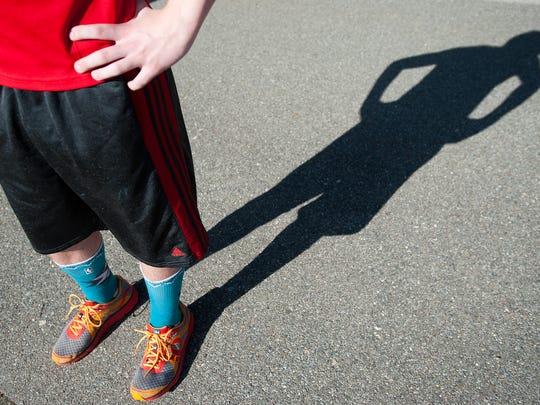 BUR 0507 toeless runner C1.jpg