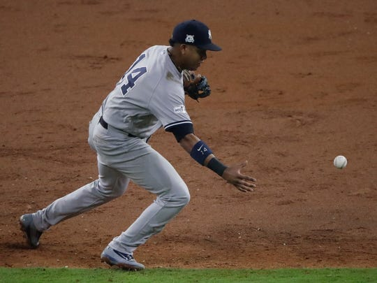 Should the Yankees explore a trade for Starlin Castro this offseason?