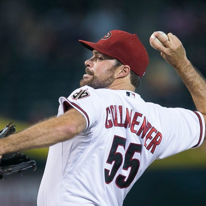 The Diamondbacks' Josh Collmenter pitches against the Padres at Chase Field in Phoenix on Friday, Aug. 22, 2014.