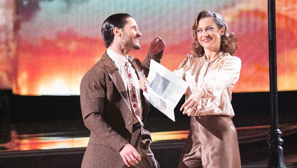 Extra! Extra! The first night of the 'DWTS' finale was excellent. Read all about it.