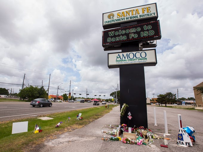 A memorial for the victims of the Santa Fe High School