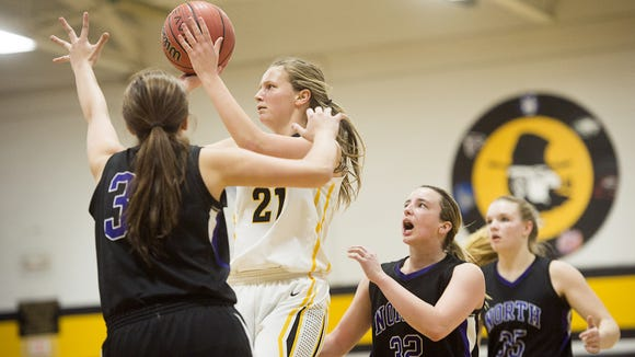 Tuscola's Shelby Glance (21).