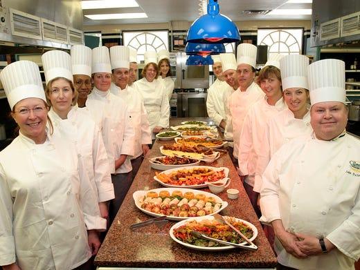 10 best cooking school vacations