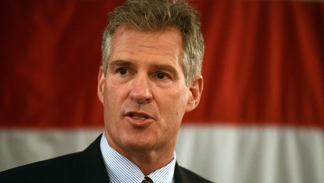 Scott Brown formally announces his candidacy for U.S. Senate April 10, 2014, at the Sheraton Portsmouth Harborside Hotel in Portsmouth, N.H.
