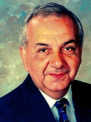 Leonard Morano, a former Barnegat committeeman and mayor, died Thursday.
