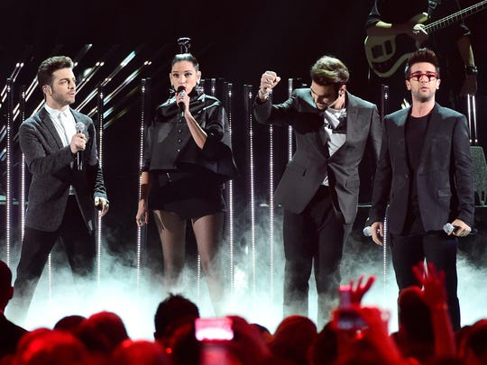 Natalia Jiménez performs with Il Volo at the Latin