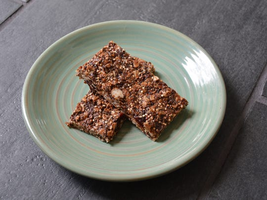 Quinoa teams up with oats in these Choco-Cherry Supercarb