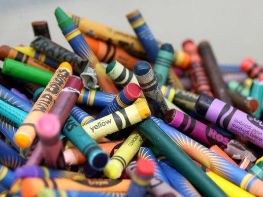 635651388217335093-Lunch-Menus-Crayons