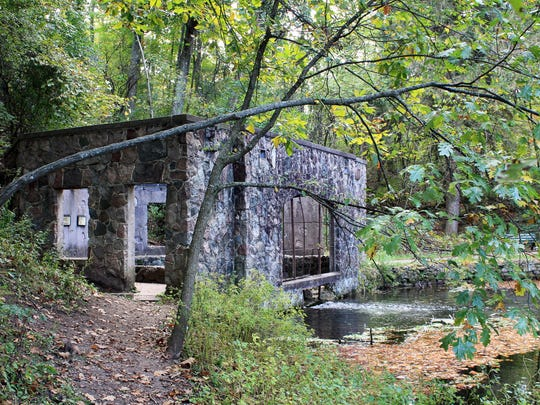 An old spring house remains at Paradise Springs Nature Area, which once was home to a spring-water bottling plant, hotel, racetrack, and shuffleboard and tennis courts.