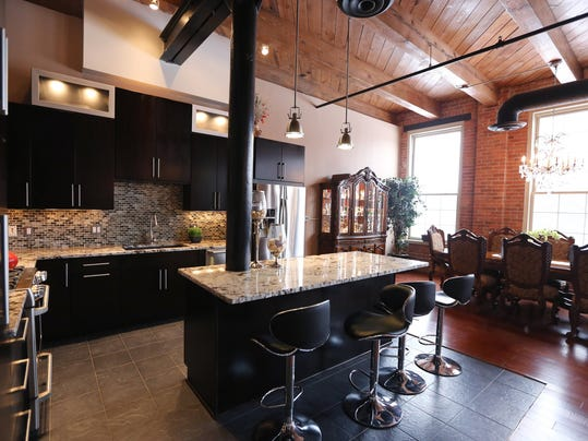 Downtown Detroit Loft Is A Palace On The River