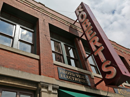 Roberts Camera to move from its longtime Downtown Indy location