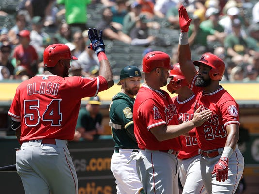 Angels_Athletics_Baseball_47312.jpg