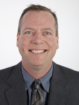 2014 Board of Contributors member Bob Eckert.