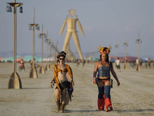 The Burning Man festival - Page 3 1409263298000-1409182443021-burning-man-monday-21