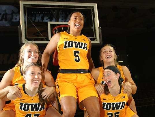 636130916242286553-IOW-1026-Iowa-wbb-media-day-12.jpg