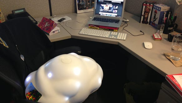 skit-desk