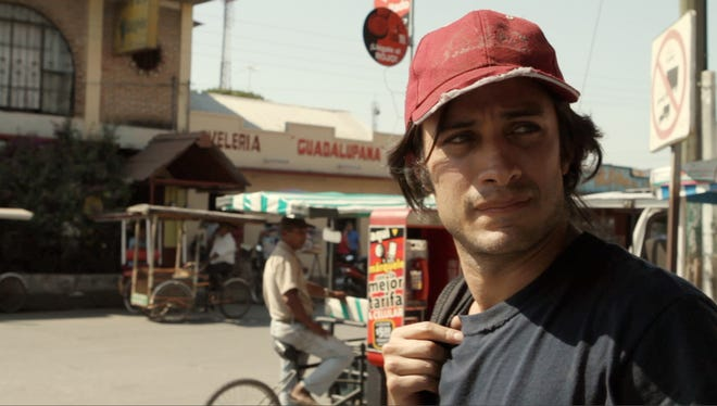 """Gael Garcia Bernal re-creates Honduran's journey to the United States in """"Who Is Dayani Cristal?"""""""