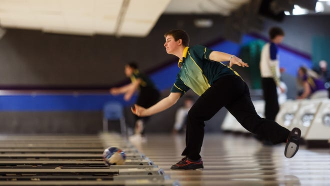 Patrick Wood from Iowa City West bowls during the Class 3A state bowling championships at Plaza Lanes in Des Moines on Wednesday, Feb. 24, 2016.