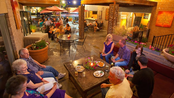 The Red Onion, in the heart of downtown, is one of Lake Havasu City's most popular restaurants. Like many Havasu eateries, it also features a comfortable patio.
