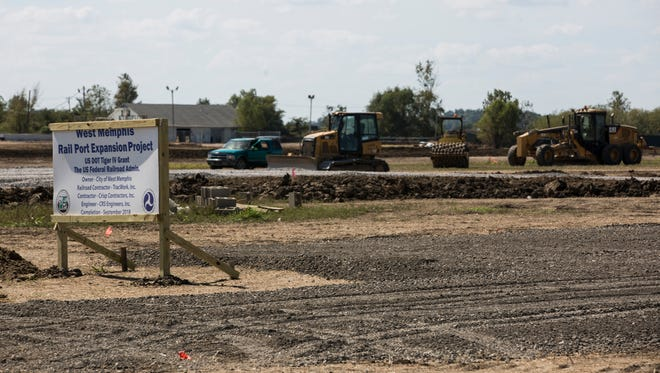 October 04, 2017 - Construction has begun on $10.9 million, federally funded upgrade of railroad track serving Port of West Memphis.