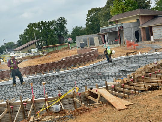 Work continues at the  Chambersburg family aquatic