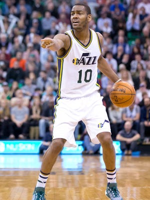 Utah Jazz guard Alec Burks (10) was injured against the Clippers.