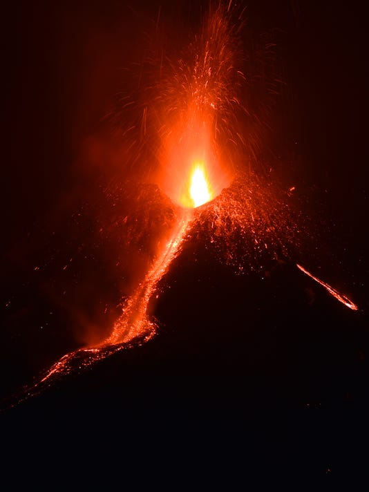 ITALY-SICILY-ERUPTION-ETNA