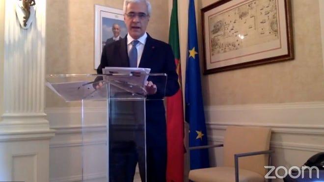O Embaixador de Portugal em Washington, Domingos Fezas Vital, durante a sua intervenção via zoom durante a cerimónia virtual do Dia da Herança portuguesa, organizada pelo Caucus Legislativo Luso-Americano de Massachusetts.