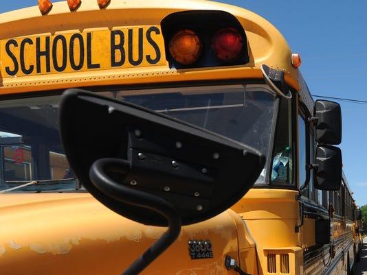 636084282748025479-bus.jpg