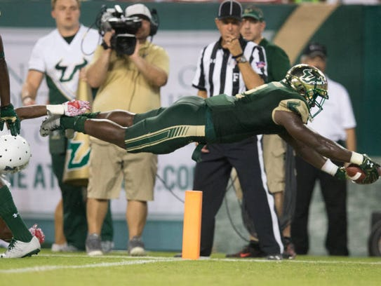 USF's D'Ernest Johnson will play in the East-West Shrine Game.