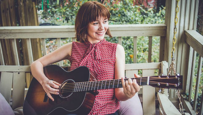 Guitarist Molly Tuttle
