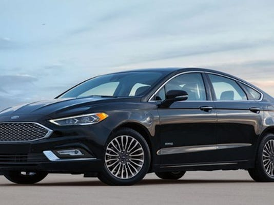 2017-ford-fusion-energi_large.jpg