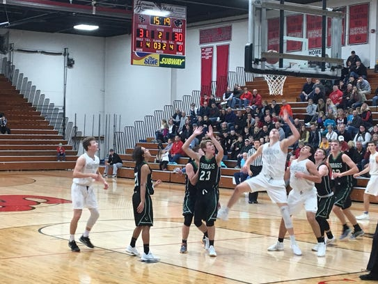 Joey Hauser scored 35 points in SPASH's season-opening