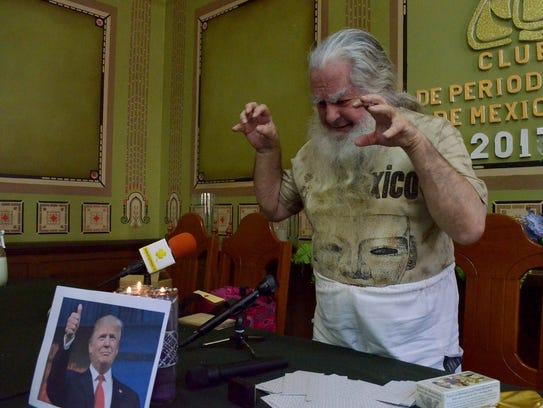 """""""El Brujo Mayor"""" realizó un conjuro para que Trump"""