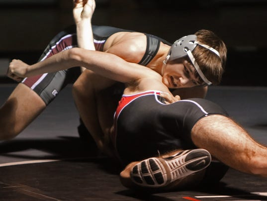 Menomonee Falls Wrestling vs Sussex Hamilton