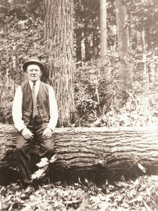 636492979835779225-Herman-Lunden-in-the-lumber-woods.png
