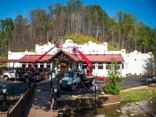 The Alamo Steakhouse, which was burned down in the Gatlinburg wildfire last year, has been rebuilt and will be reopening to the public next week.