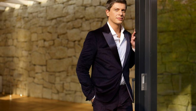 Crooner Patrizio Buanne — the ambassador of Neapolitan love songs — will perform Friday in Atlantic City.