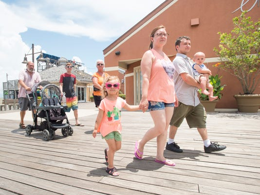 Pensacola Beach Boardwalk alcohol ban lifted